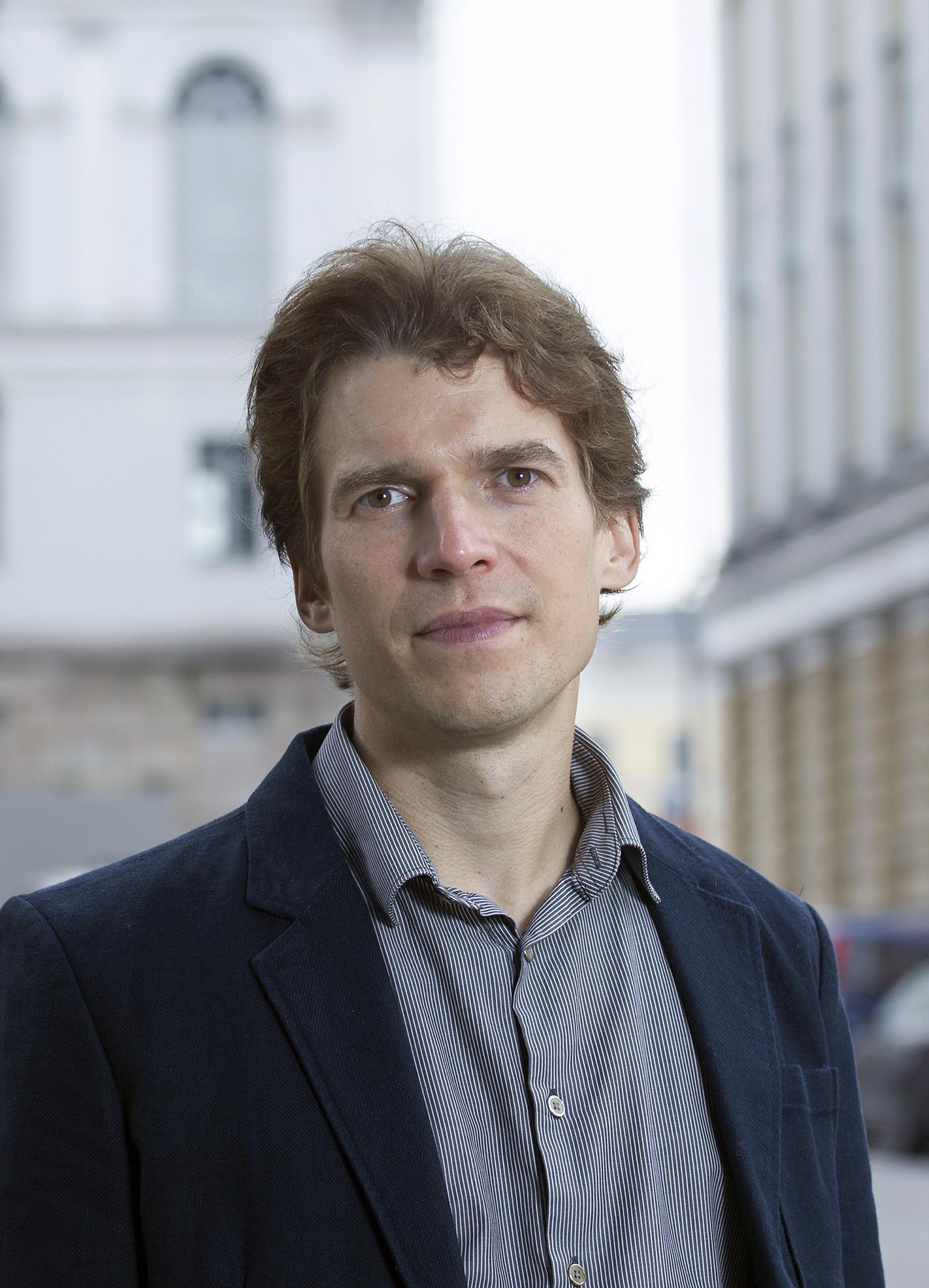 Jan-Erik Lönnqvist